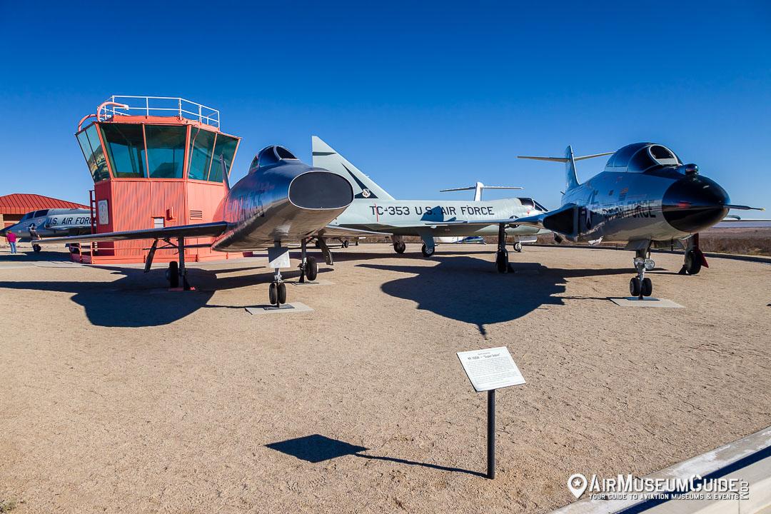 North American YF-100A Super Sabre & McDonnell F-101B Voodoo