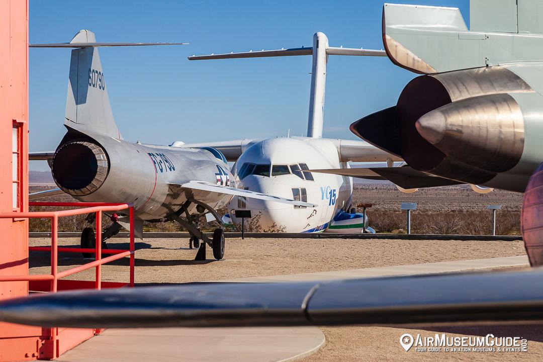 Lockheed NF-104A Starfighter & McDonnell Douglas YC-15
