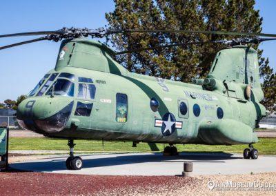 Boeing Vertol CH-46E Sea Knight