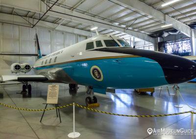 Lockheed C-140B JetStar