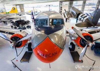 "Douglas DC-3 ""Flagship Orange County"""