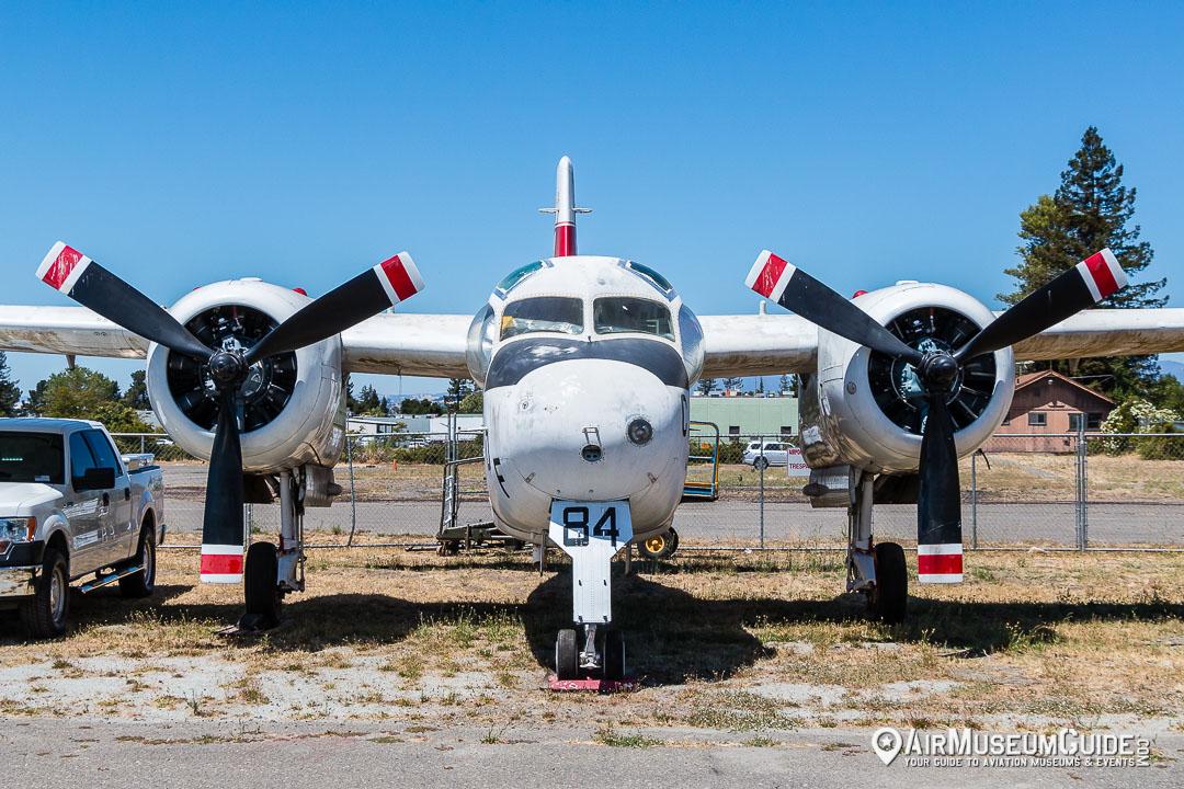 Grumman S-2A Tracker airtanker