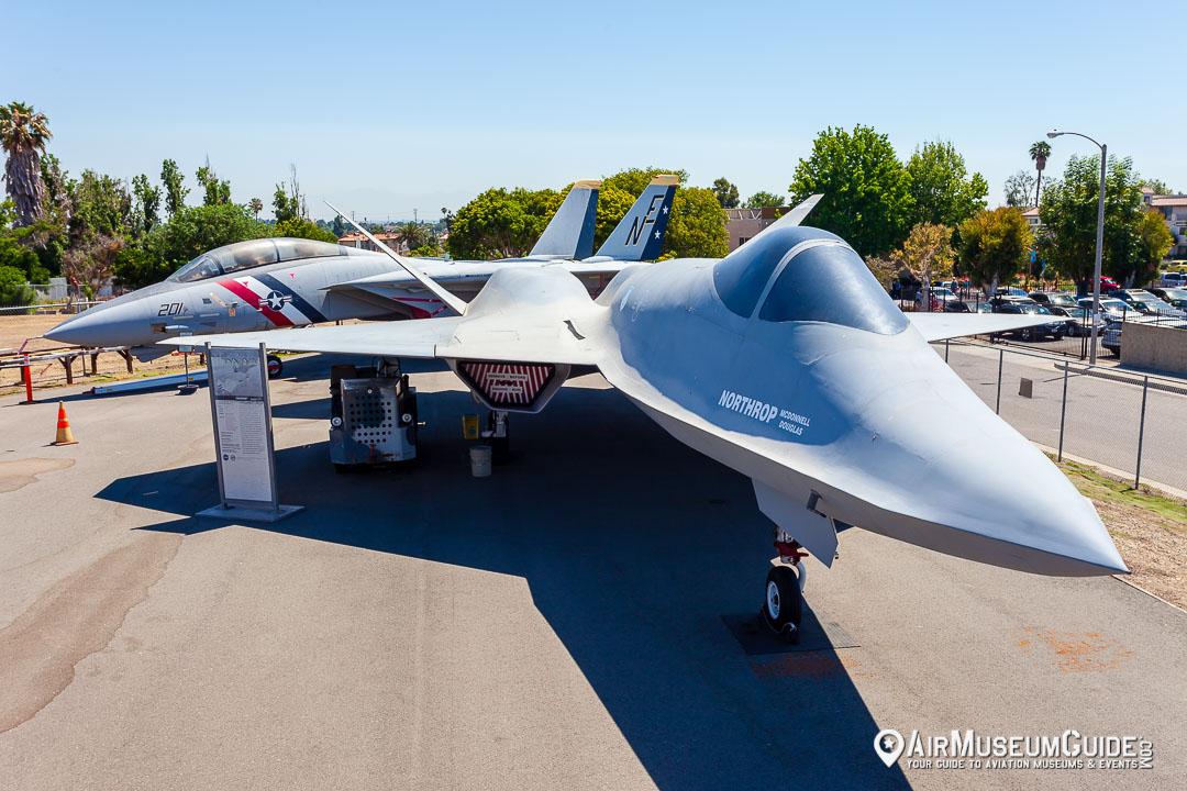 Northrop/McDonnell Douglas YF-23 Advanced Tactical Fighter prototype