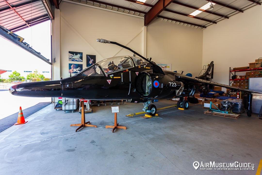 Hawker Siddeley Harrier T.4