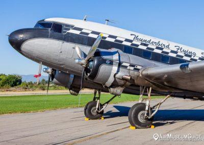 "Douglas DC-3 ""Thunderbird Flying Service"""
