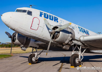 "Douglas DC-3 ""Four Star Airways"""