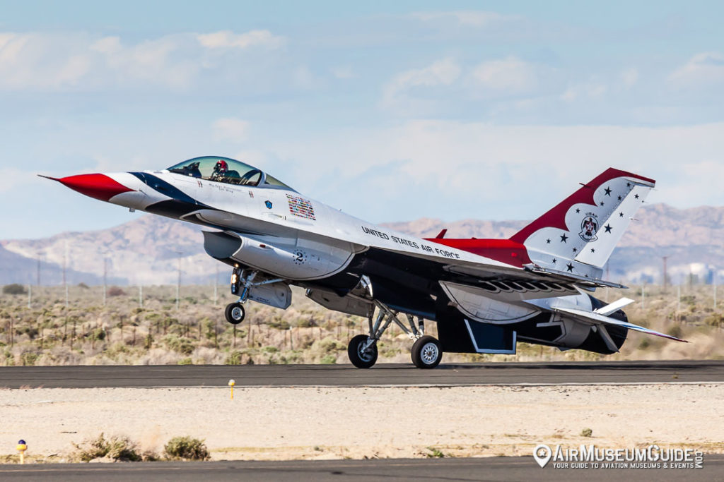 U.S.A.F. Thunderbirds - Los Angeles County Air Show