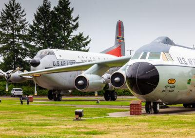 Lockheed C-141B Starlifter (65-0277) and Douglas C-124C Globemaster II (52-0994)