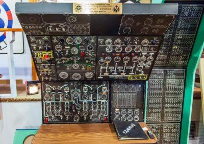 Lockheed C-141B Starlifter Cockpit Familiarization Trainer
