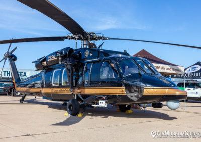 Sikorsky UH-60 Black Hawk Fact